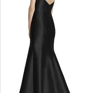 Black Alfred Sung Gown